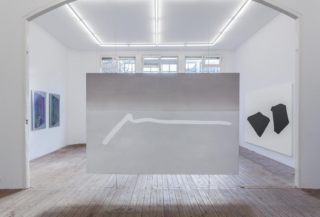 Installation view; Spiros Hadjidjanos, Sara Ludy, Priscilla Tea; Galerie Gabriel Rolt