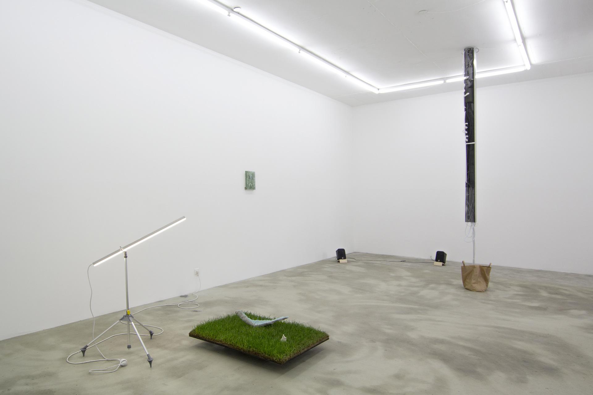 15-soy-capitan-pakui-hardware-mikkel-carl-anna-zett-daniel-stempfer-dominik-gohla-2015