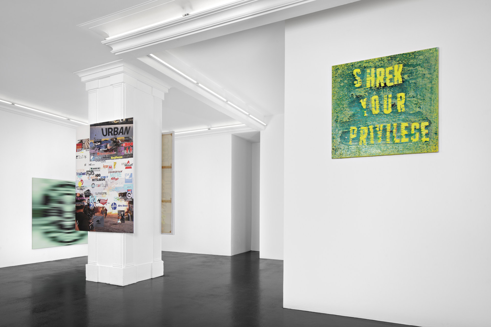 MF-Astroturf Yelp Review Says Yes-Installation View-14-HIRES