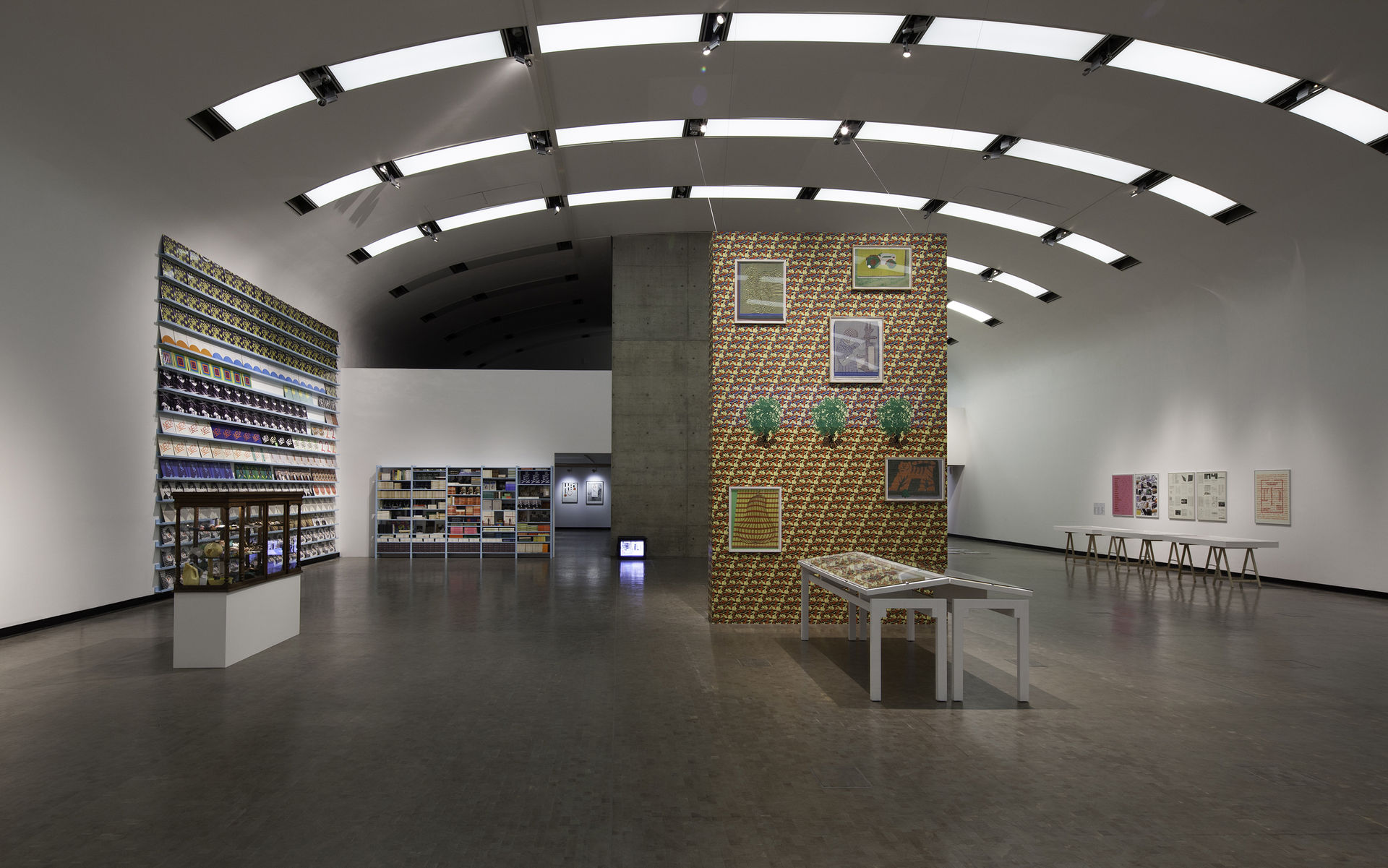 Installation-view-Individual-Stories-10