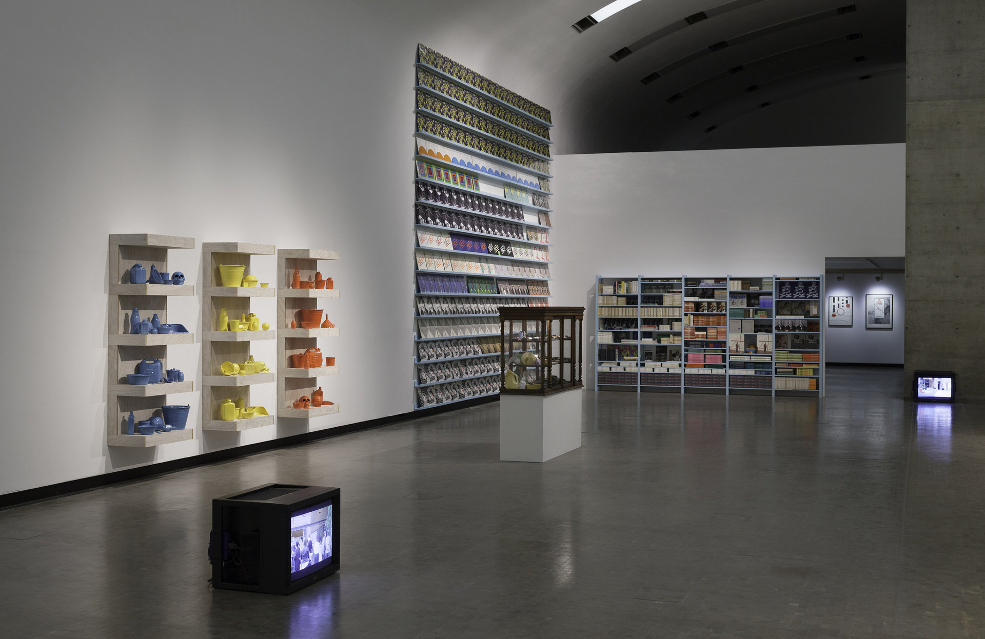 Installation-view-Individual-Stories-11