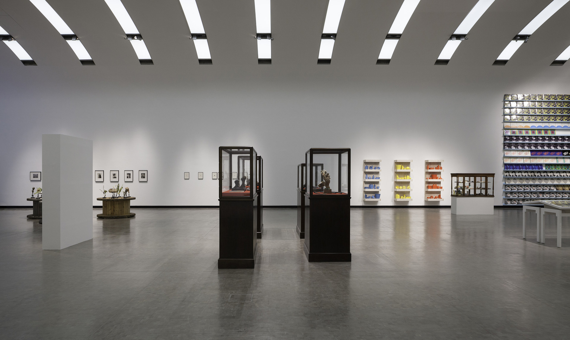 Installation-view-Individual-Stories-16