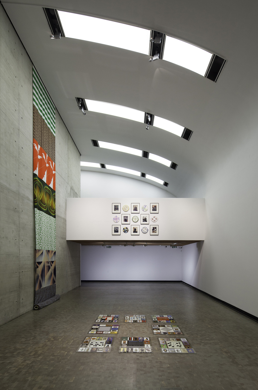 Installation-view-Individual-Stories-18