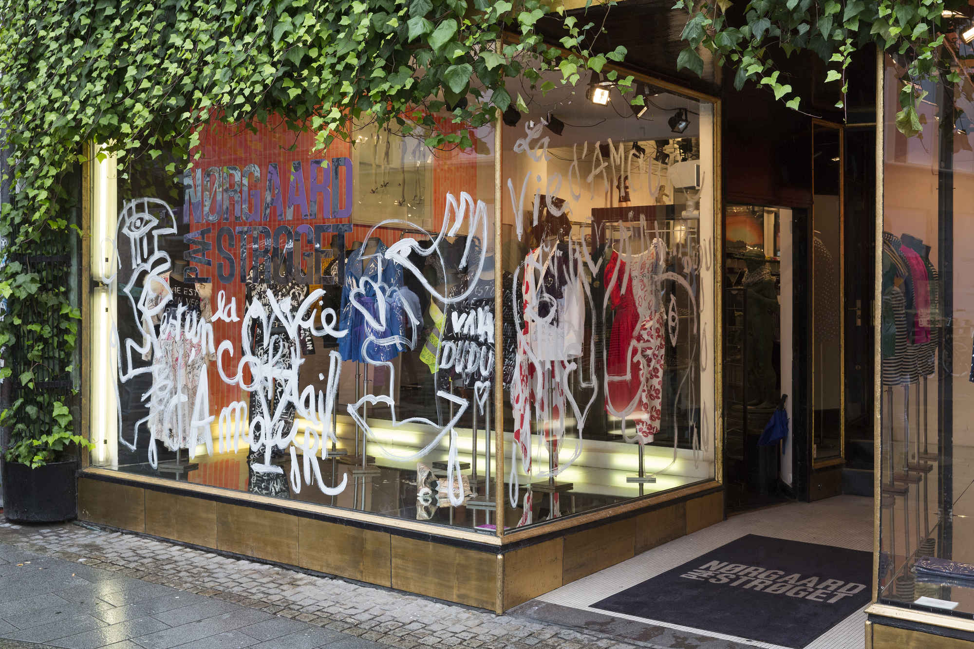 Vava Dudu.The Boutique.Norgaard Paa Stroeget.credit Torben Eskerod