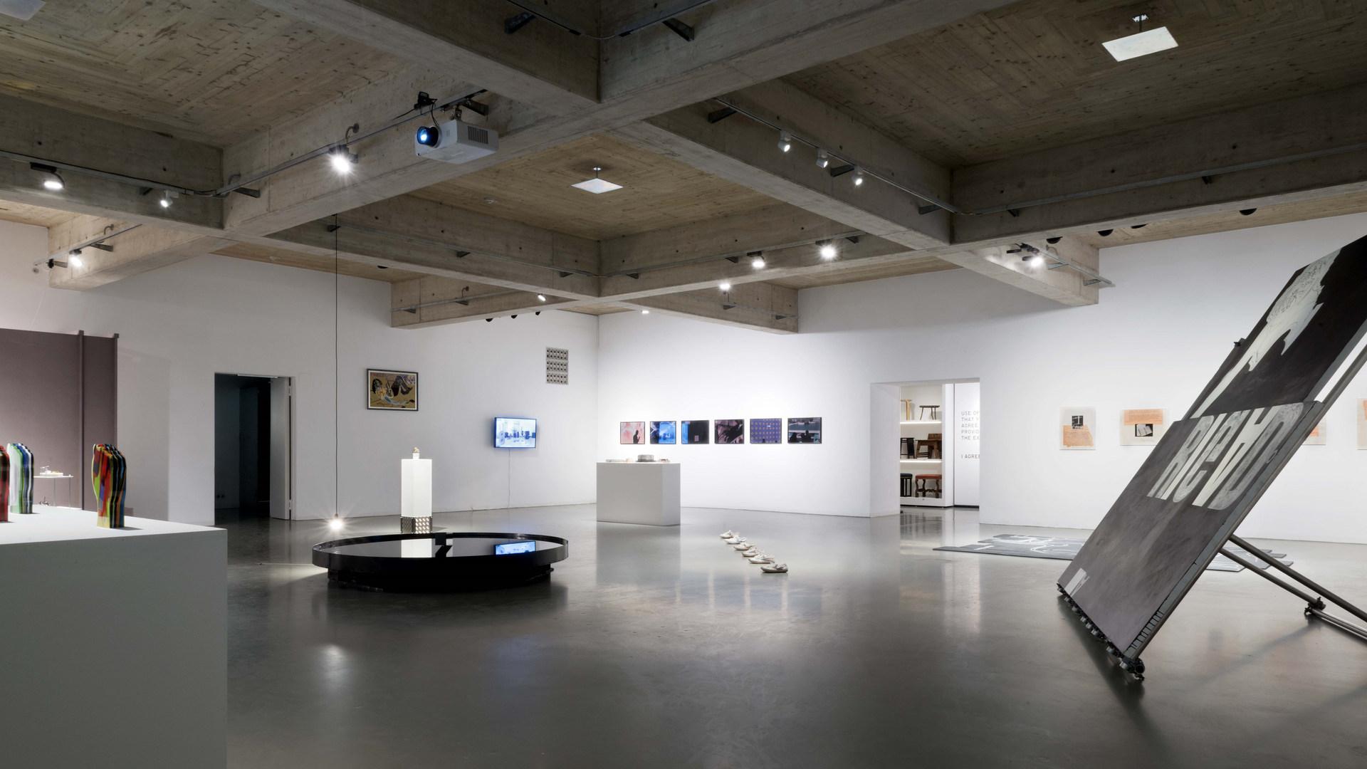 28 exhibition view  -®AslanKudrnofsky_NIK0524