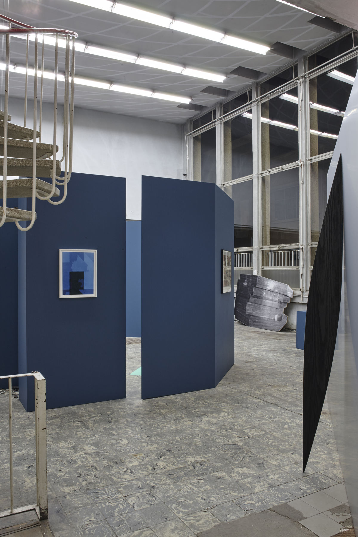 'The Corner Show', installation view, Extra City Kunsthal, 2015 © Jan Kempenaers324