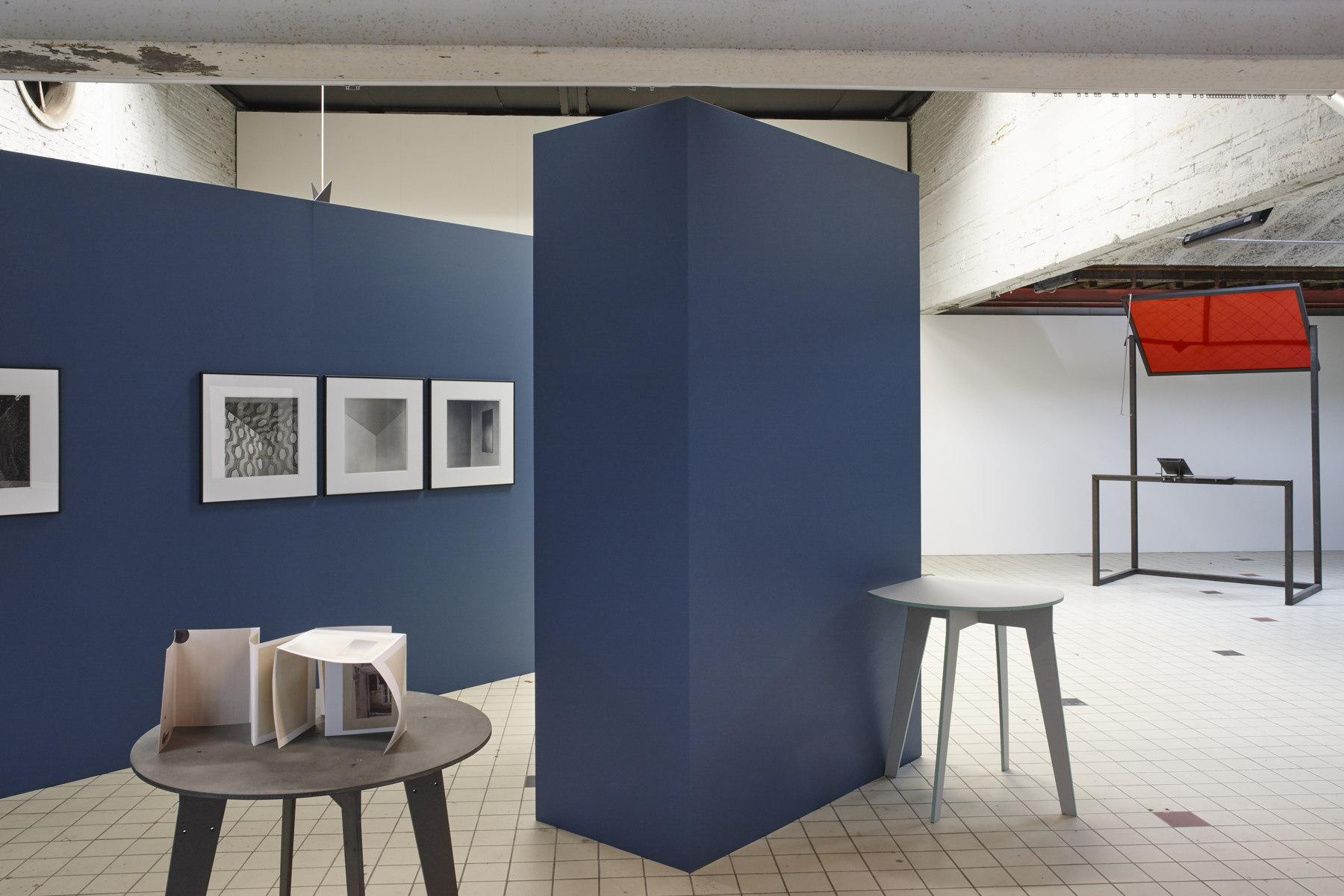 'The Corner Show', installation view, Extra City Kunsthal, 2015 © Jan Kempenaers363