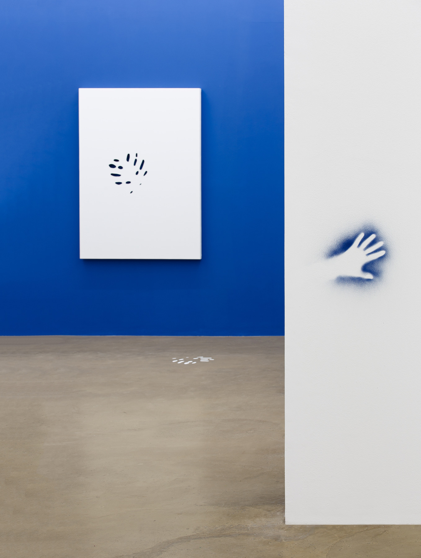 Hands don't make magic, exhibition view (11)