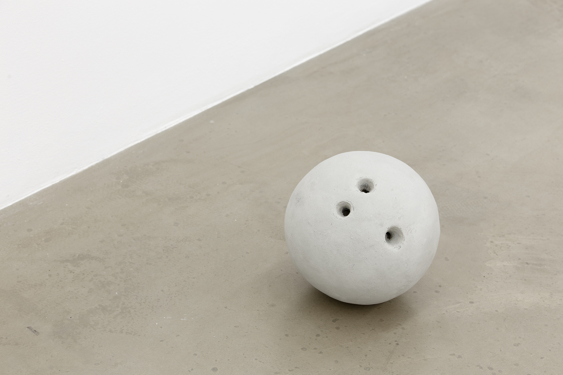 Moon Moon Moon, 2015, series of concrete balls