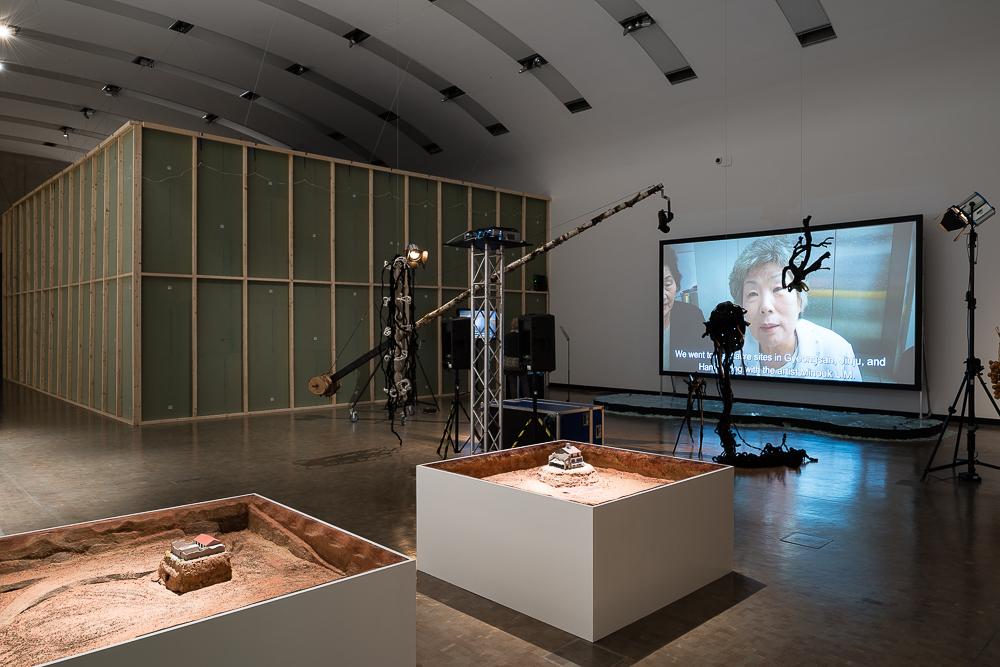 12_Ausstellungsansicht-Politischer-Populismus_JA