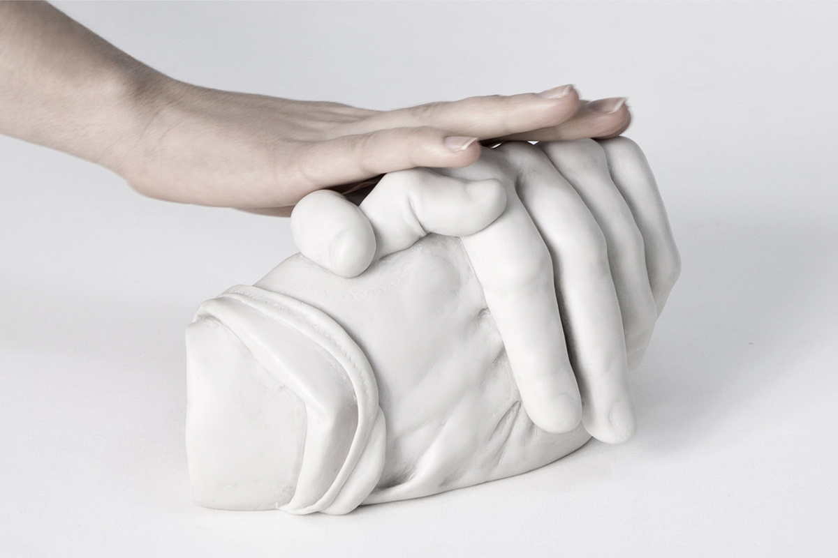 08b_AlmudenaLobera_Exploring-hands