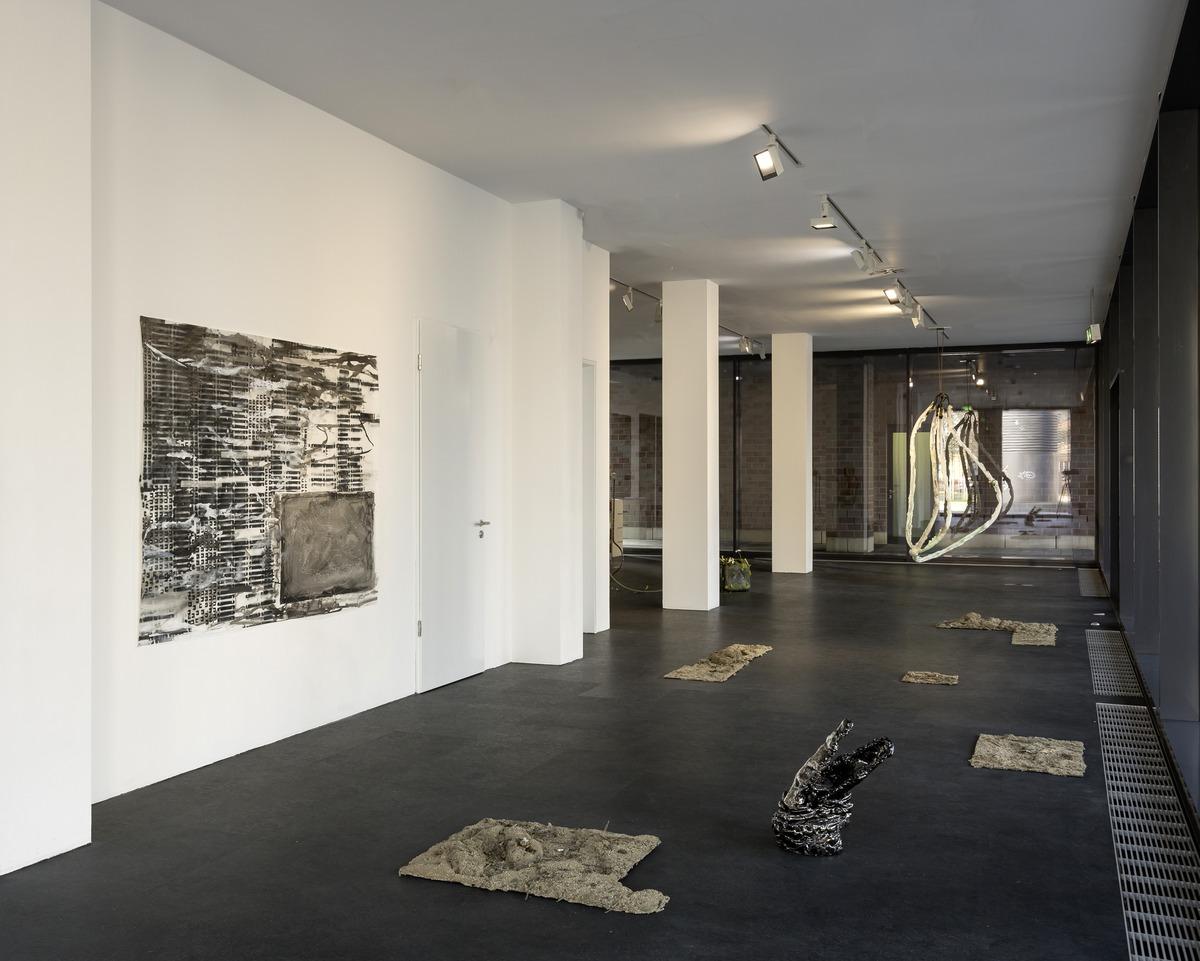 15_installation view_Picknick am Wegesrand_Dortmunder Kunstverein 2016_Foto Roland Baege