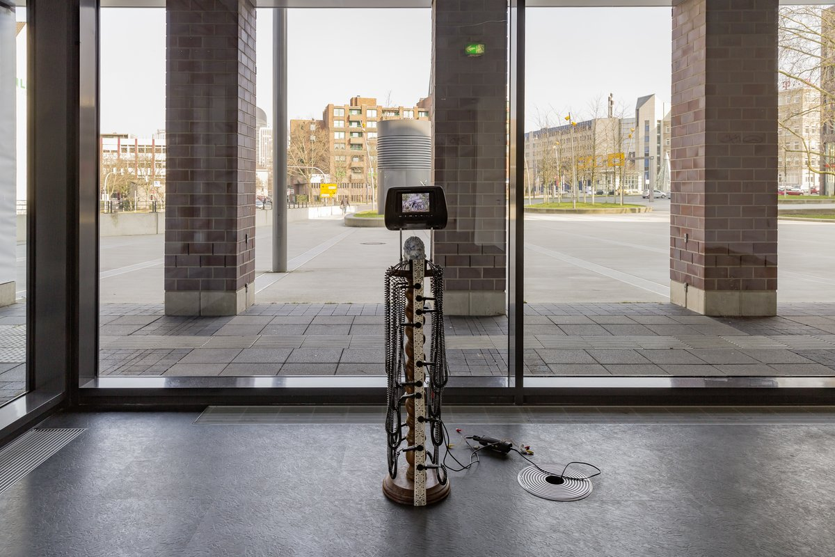 20_Raphaela Vogel_Ohne Titel, 2016_Picknick am Wegesrand_Dortmunder Kunstverein 2016_Foto Roland Baege