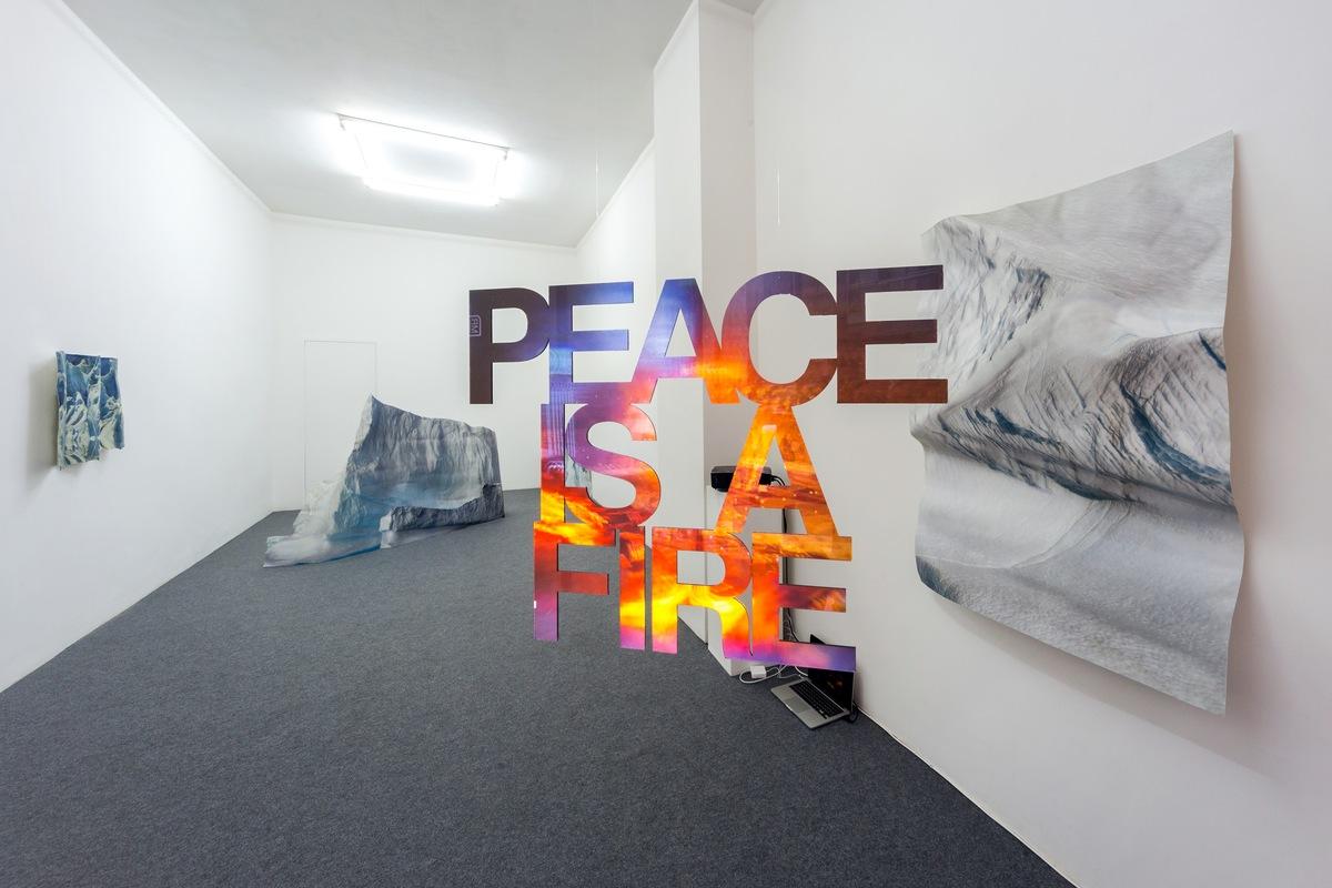 installation view 'Peace is a fire' Pennacchio Argentato Acappella courtesy Acappella and D.Dozelli ph.