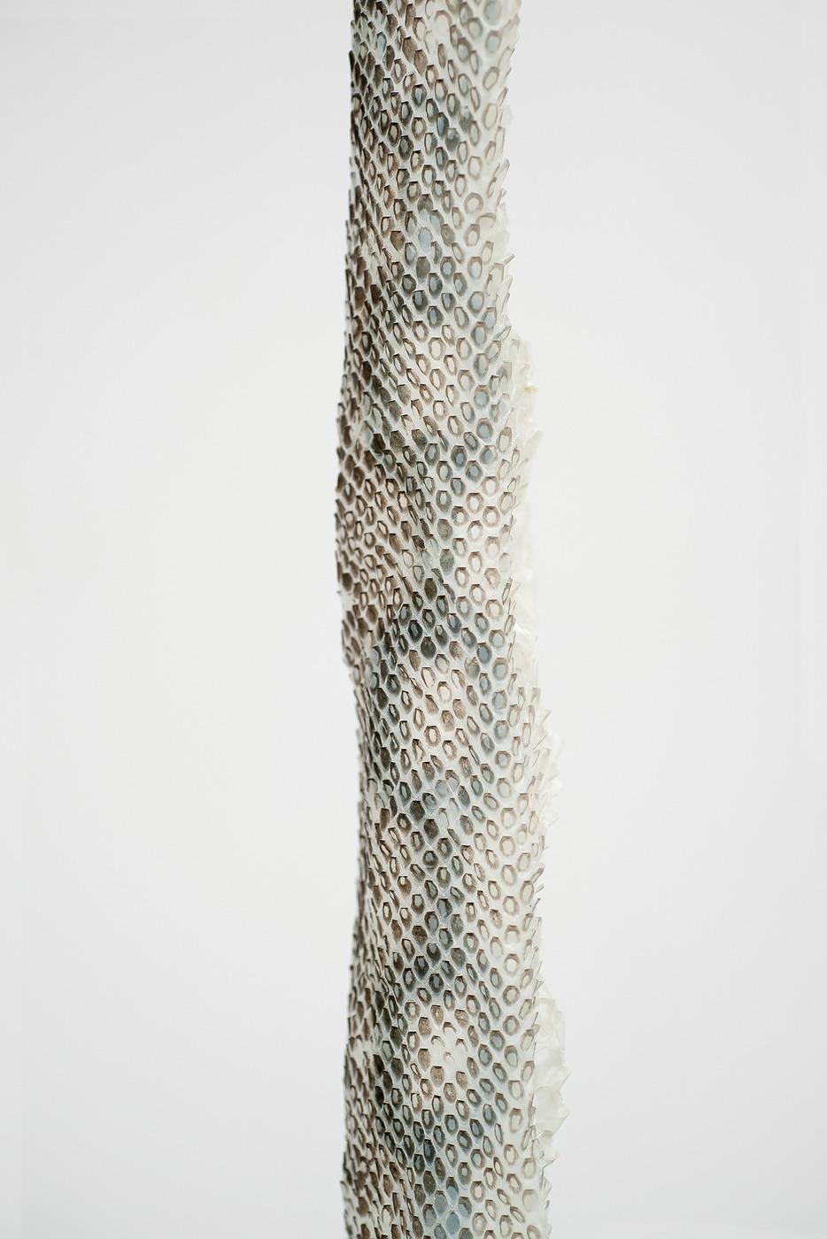 Column 02 (low)