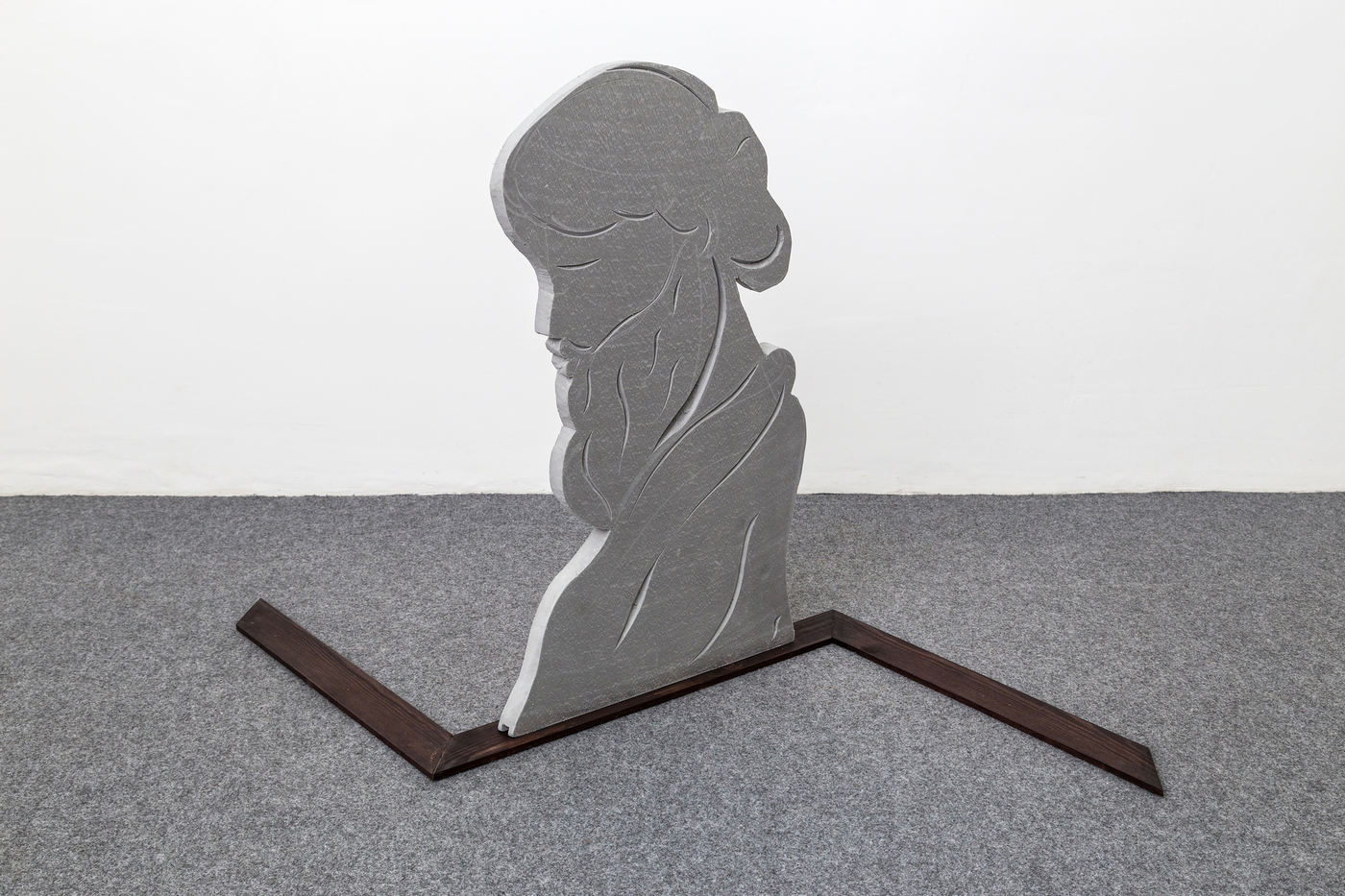 Grant Foster The Meta Leader 78x70x120 cm wood foam 2016