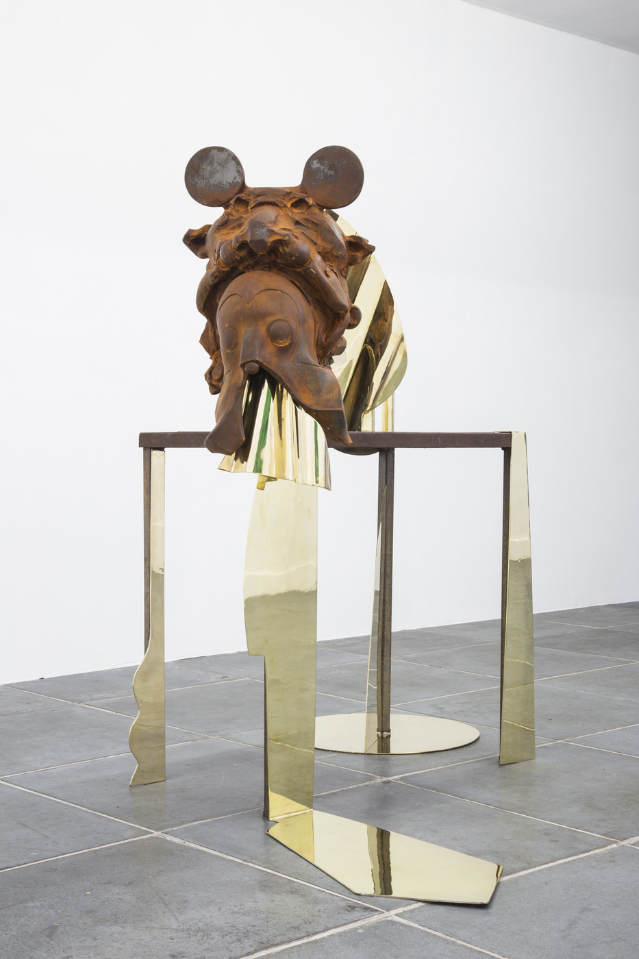 Nadia Naveau, Golden Age Banquet, 2016, cast iron, steel and copper, 130x116x132cm