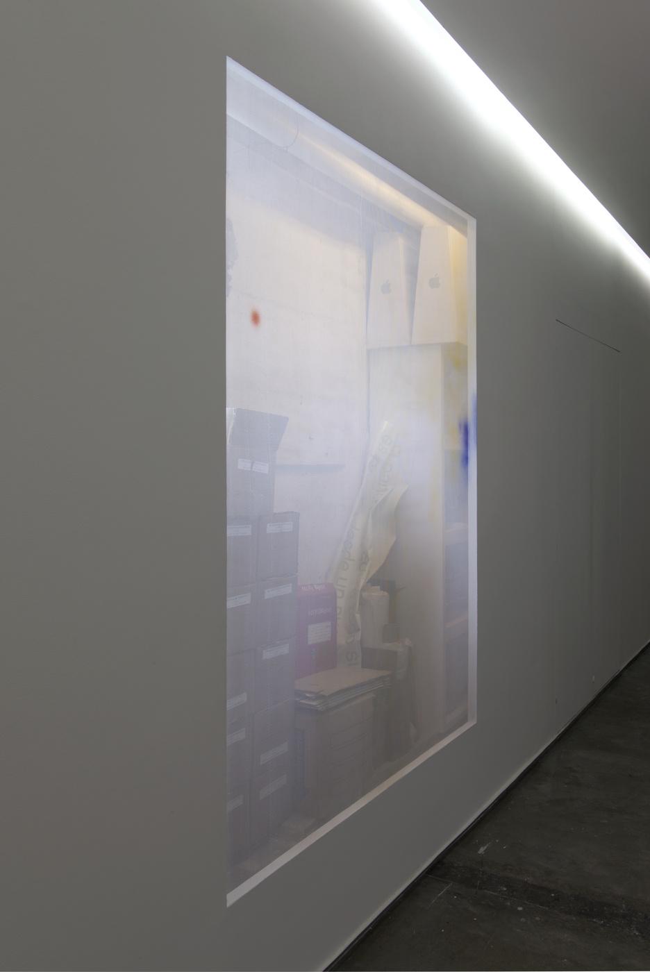 02_Heinemann_Window Piece