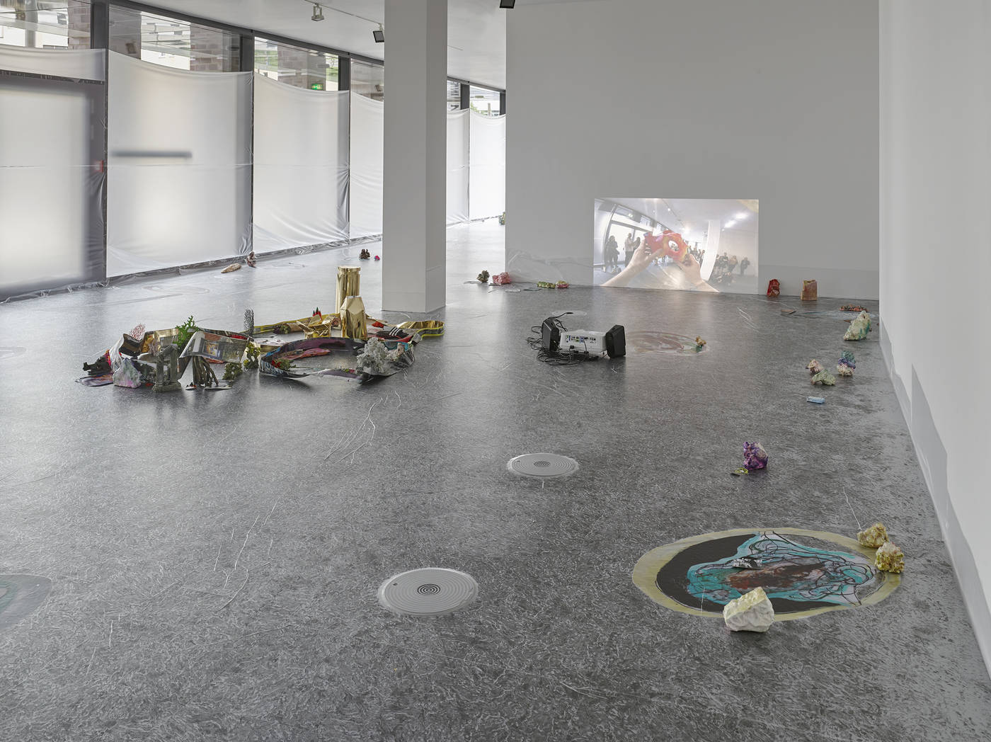 10_Dortmunder Kunstverein_Sam Keogh EUROCOPTER EC135_Photo Simon Vogel