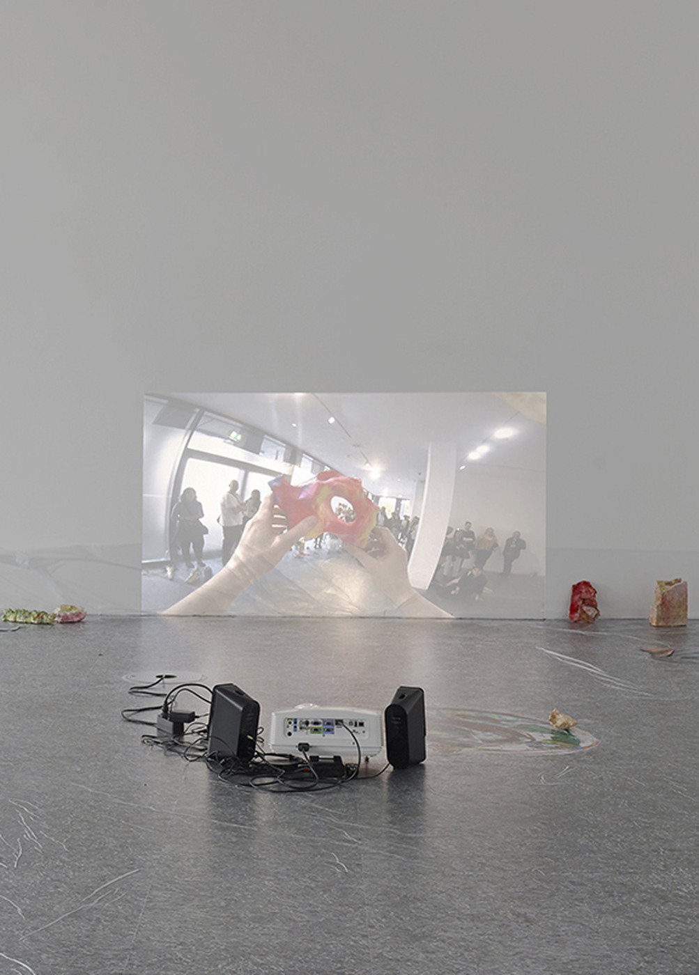 11_Dortmunder Kunstverein_Sam Keogh EUROCOPTER EC135_Photo Simon Vogel