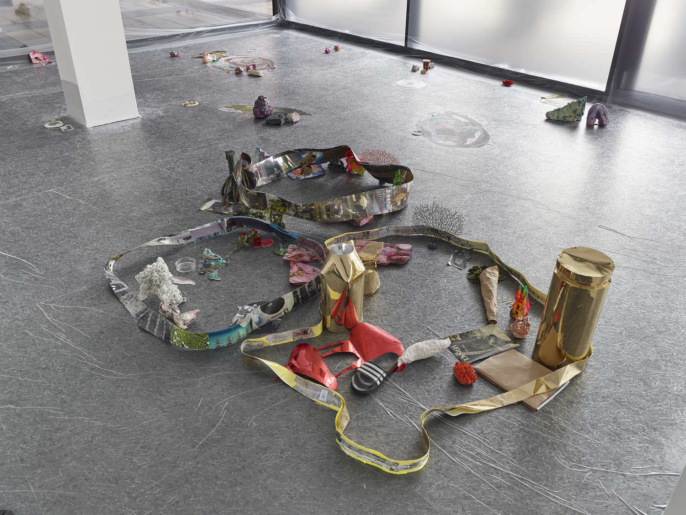 12_Dortmunder Kunstverein_Sam Keogh EUROCOPTER EC135_Photo Simon Vogel
