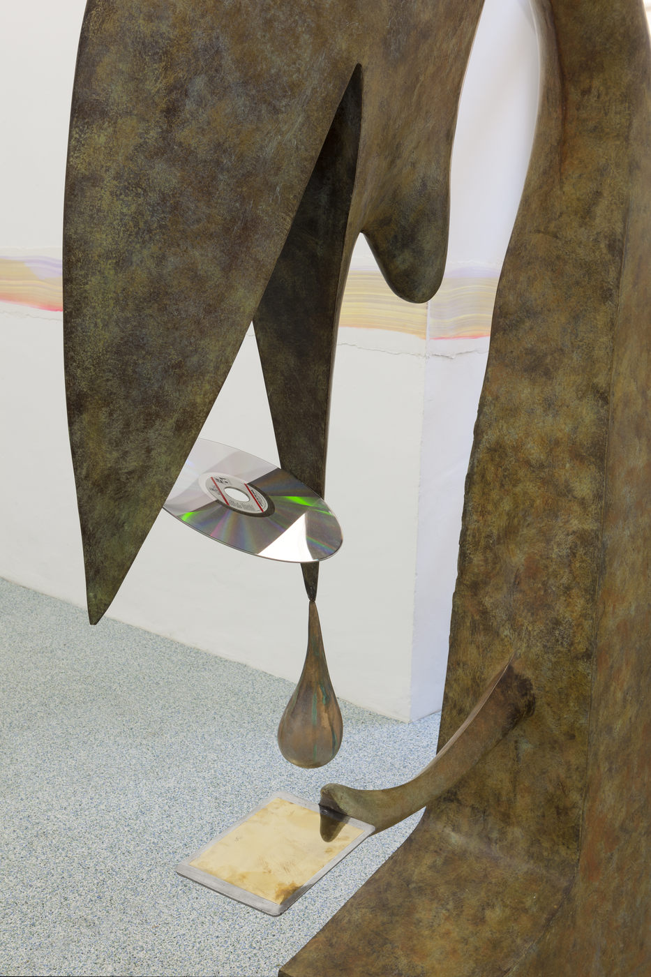 28. Camille Henrot, No Message. Bronze, aluminium, laser disk. Detail,2016