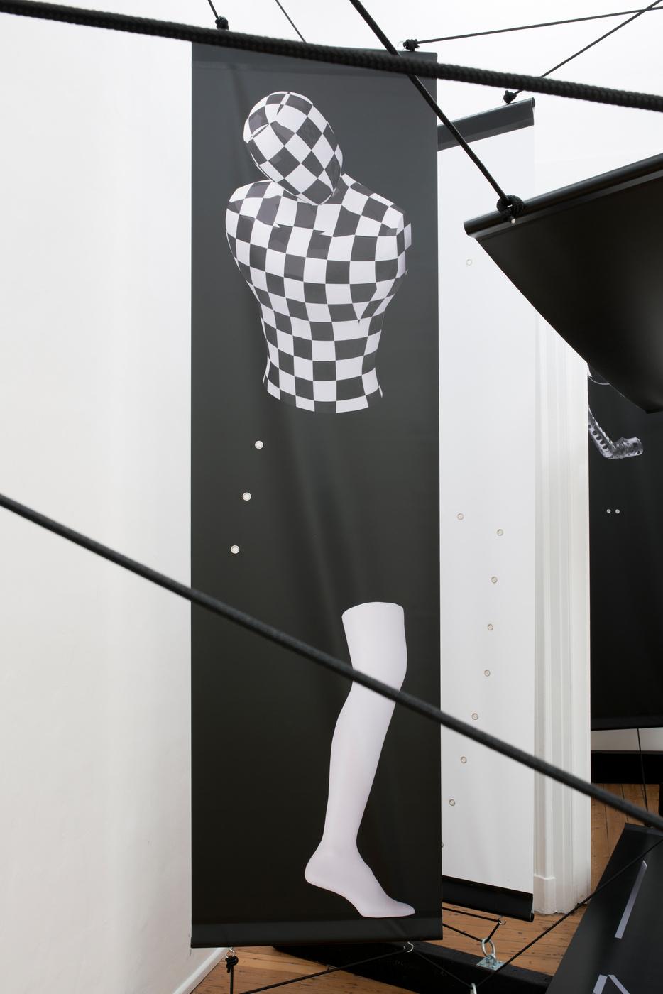 10 Jakup Auce @trampolinegallery
