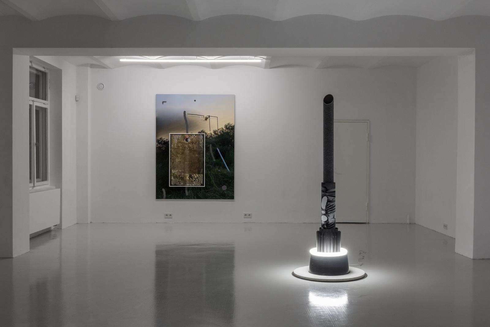 3_Mateusz Sadowski at SKALA_exhibition view