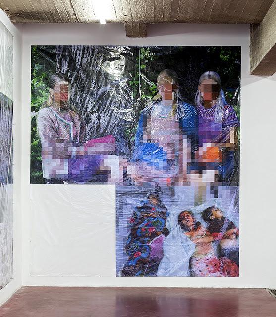 Pixel-Collage nº36, 2016, Prints, tape, transparent sheet, 375x336cm