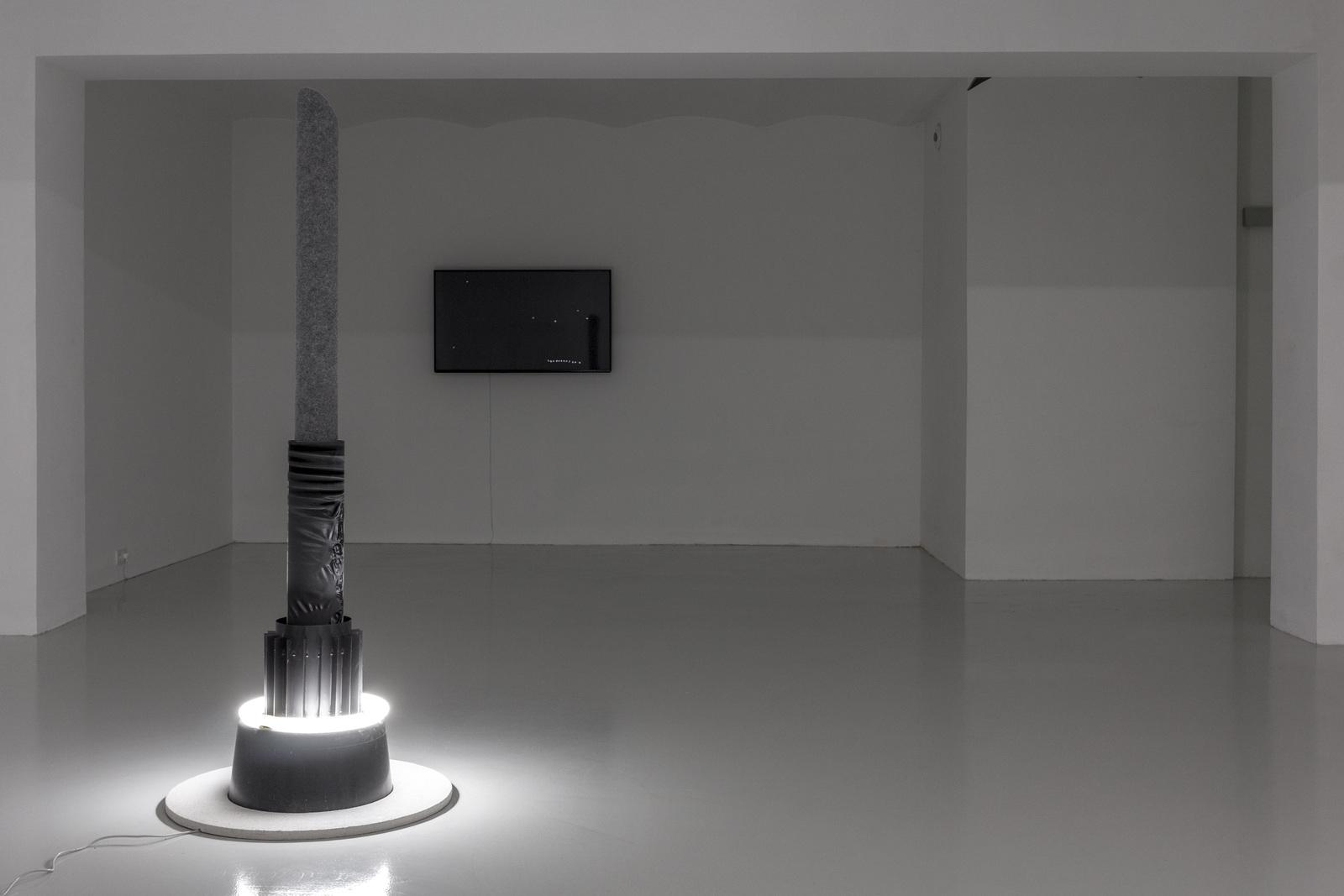 4_Mateusz Sadowski at SKALA_exhibition view