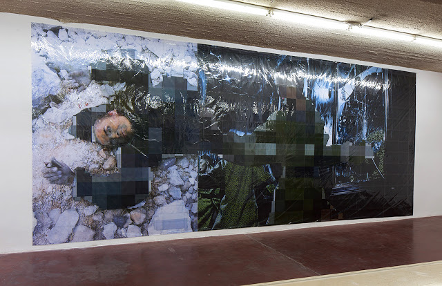 Pixel-Collage nº33, 2016, Prints, tape, transparent sheet, 370x880cm