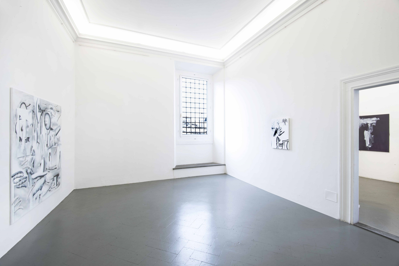 2.Installation View, Michael Debatty, Sofia Leiby, Alexander Lieck. Courtesy of Eduardo Secci Contemporary