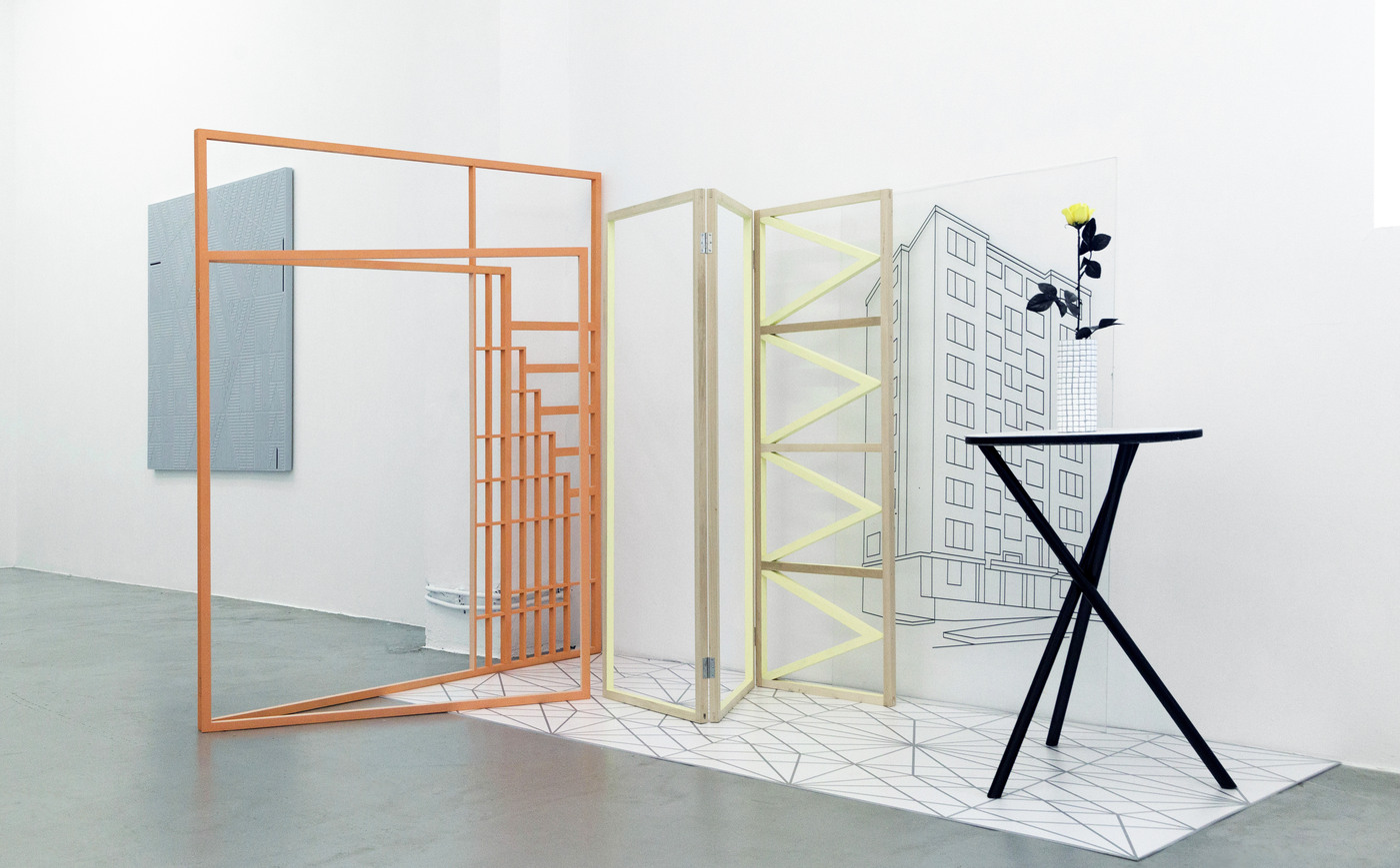8_Interior_2016_variabledimension_installationwith_wood_forex_ceramics_plastic