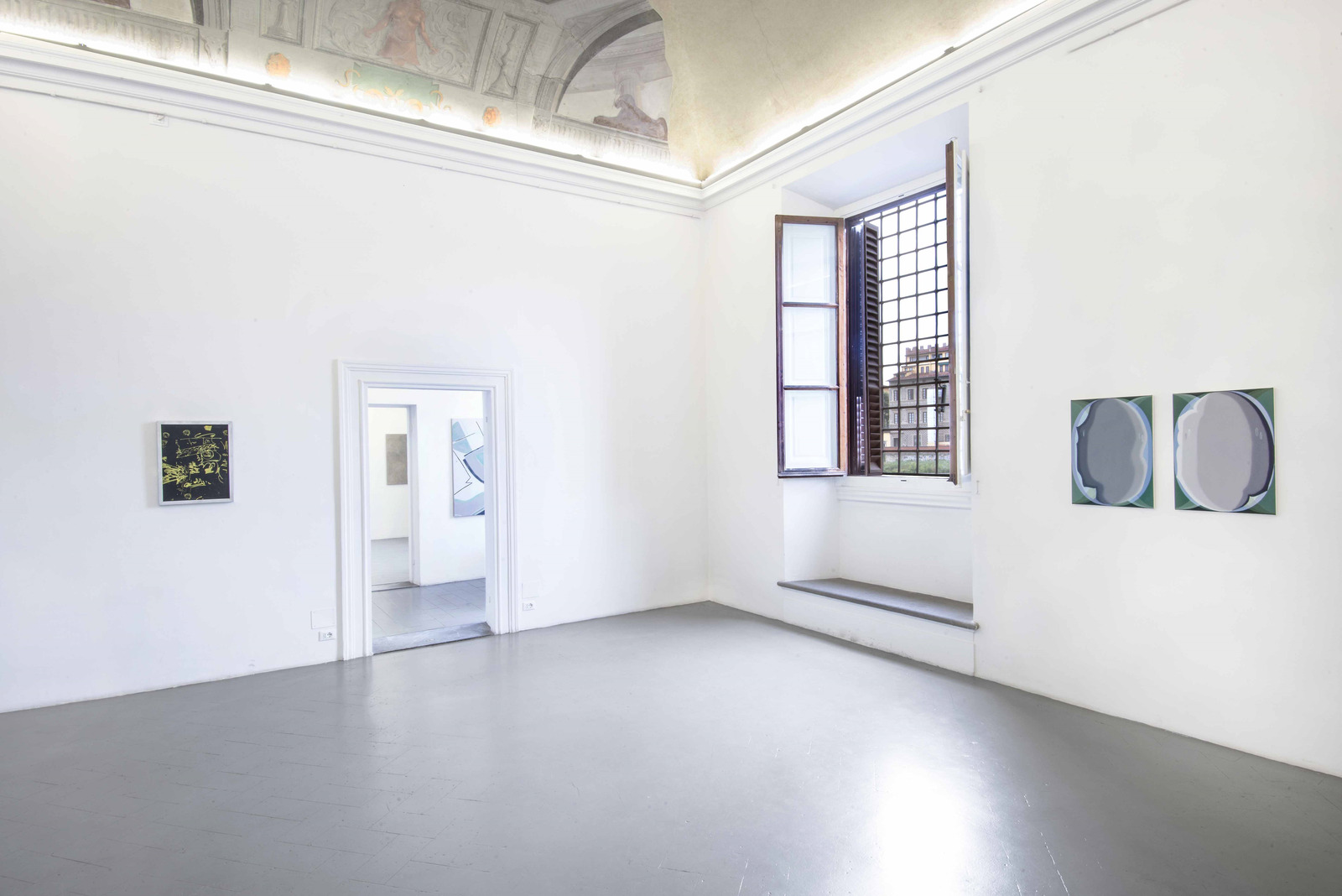 8.Installation View, Sofia Leiby, Hanna Hur, Zoé de Soumagnat, Heather Guertin. Courtesy of Eduardo Secci Contemporary