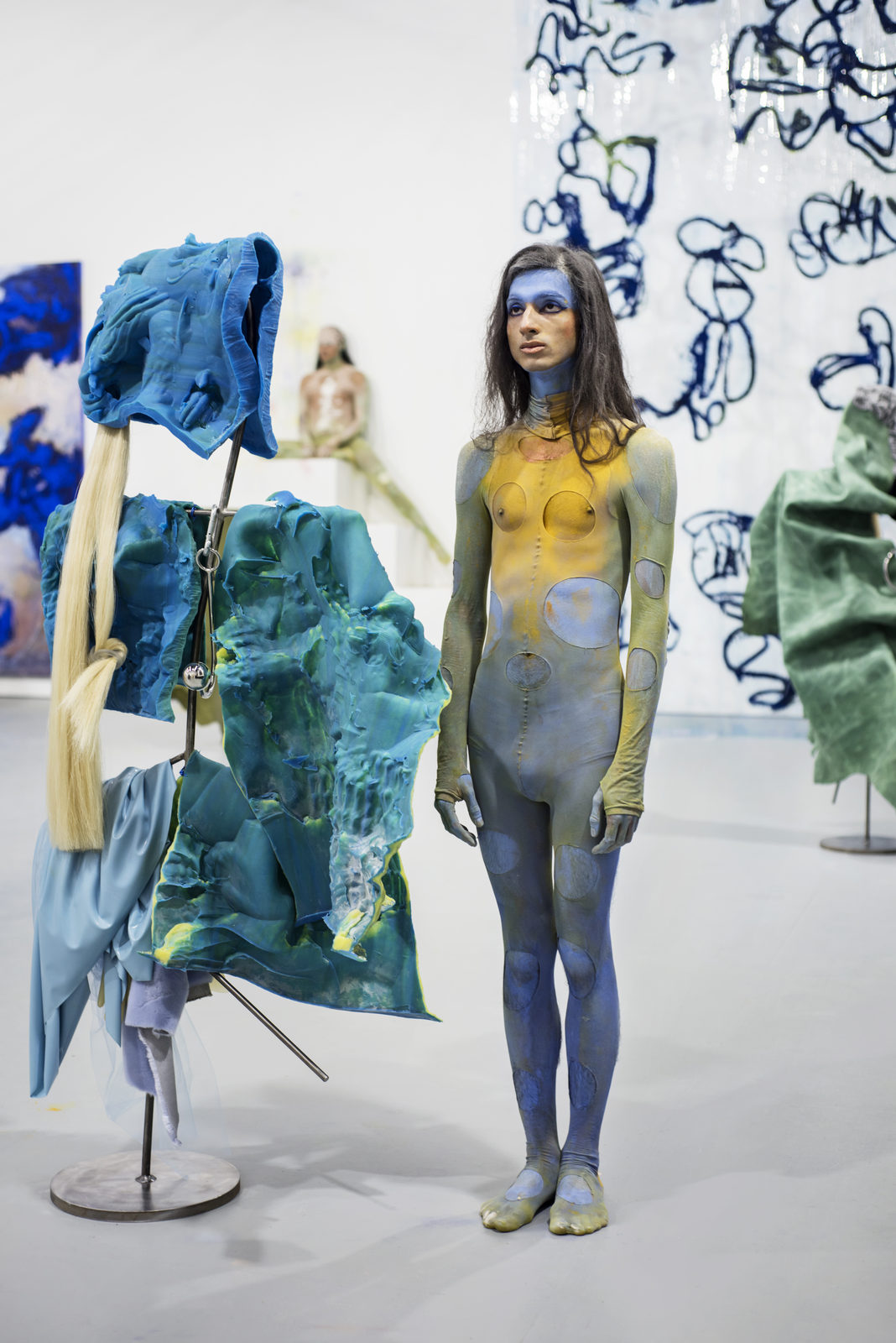Donna Huanca - Scar Cymbals - performance 07.10.16 - Image Thierry Bal8