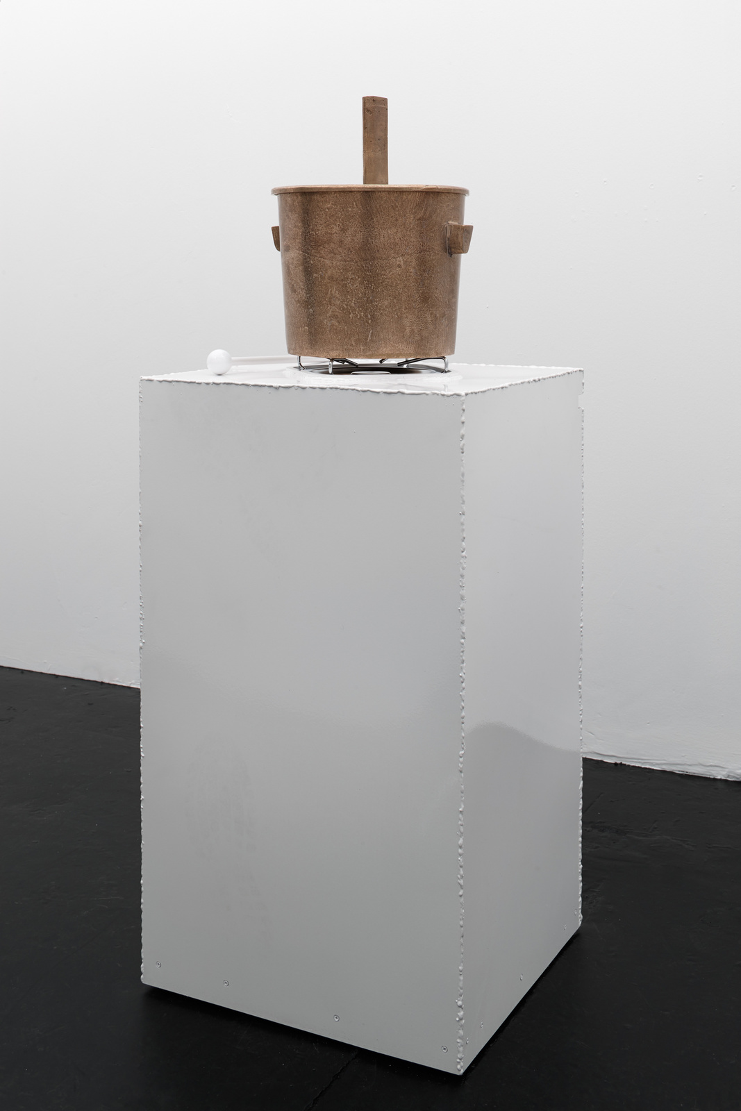 Franz West - Caldare ( A mobile stove sculpture object), 1991