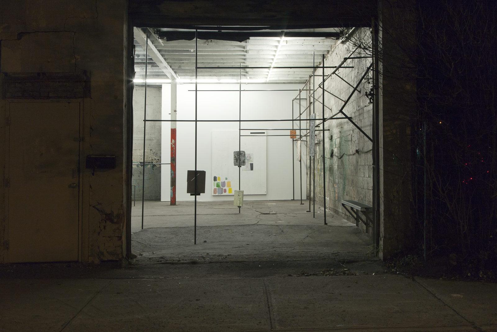 01_Installation View_1