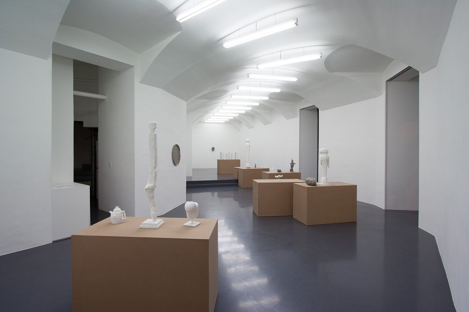 1 Gaylen Gerber exhibition Galerie Emanuel Layr Wien 2016 IMG_9047