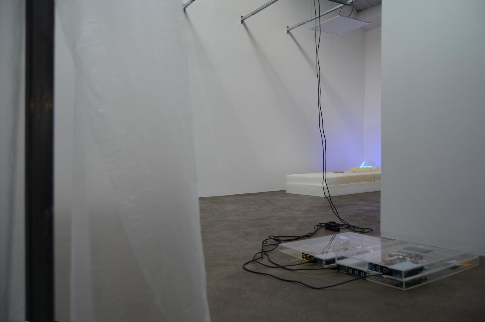 10. Yuri Pattison_sunset provision_installation view_memory foam remembers_dust,scraper, fan