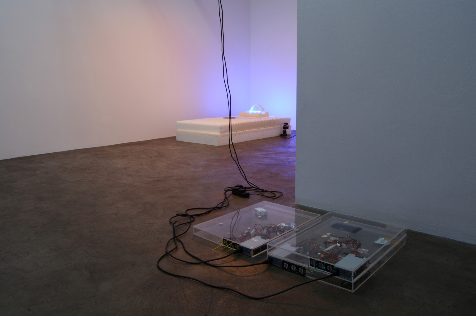 13. Yuri Pattison_sunset provision_installation view_memory foam remembers_dust,scraper, fan