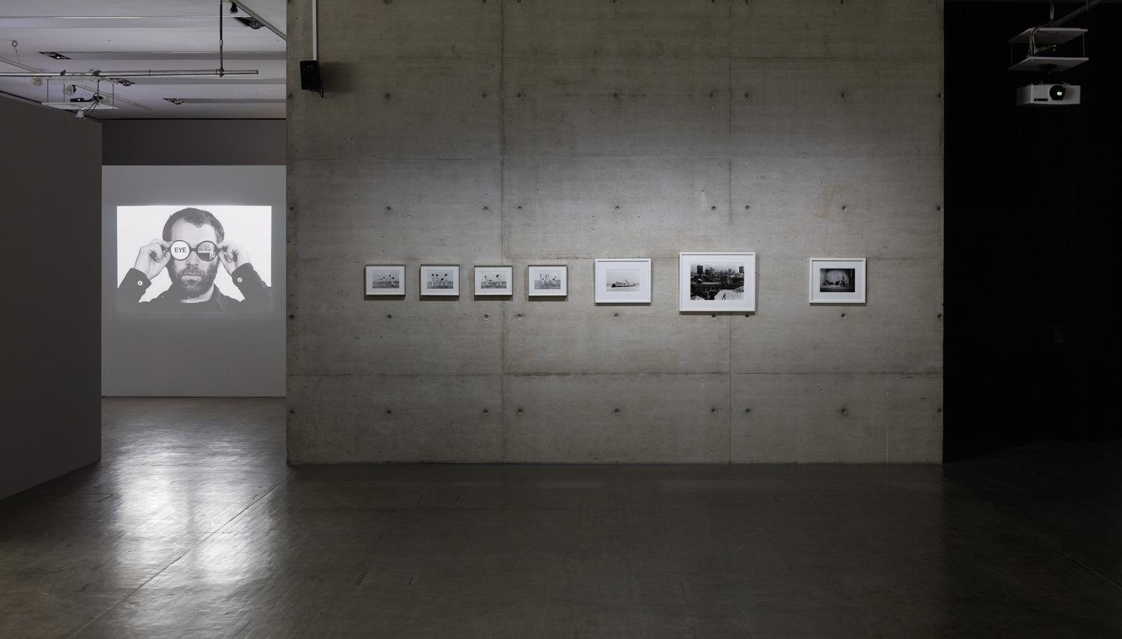 2_Ausstellungsansicht_Babette-Mangolte_SW