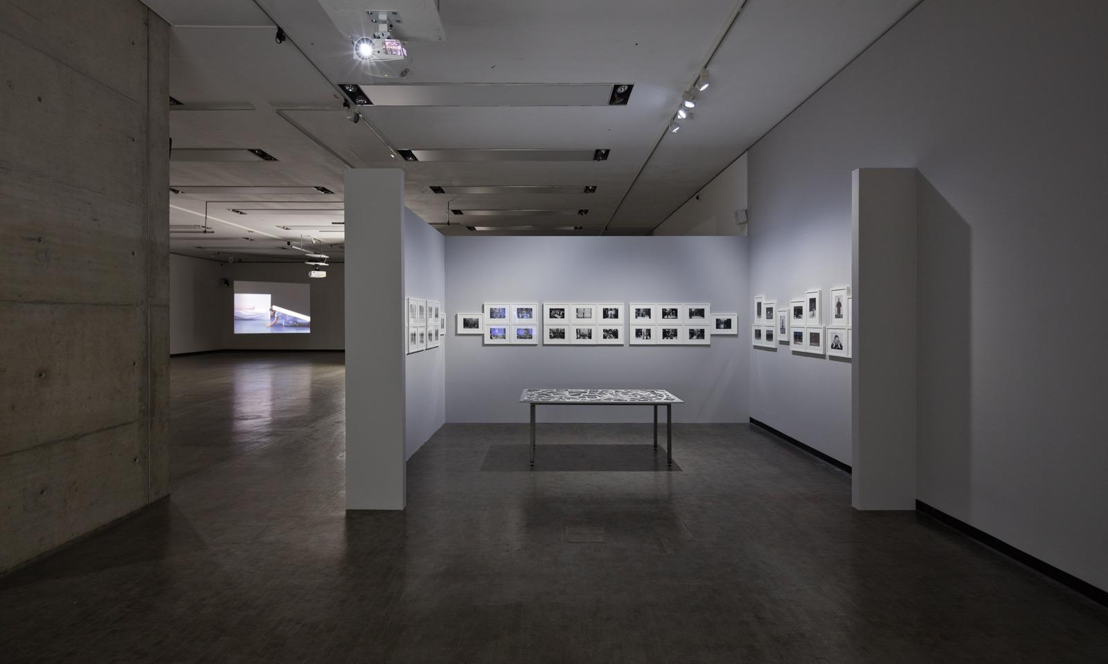 3_Ausstellungsansicht_Babette-Mangolte_SW