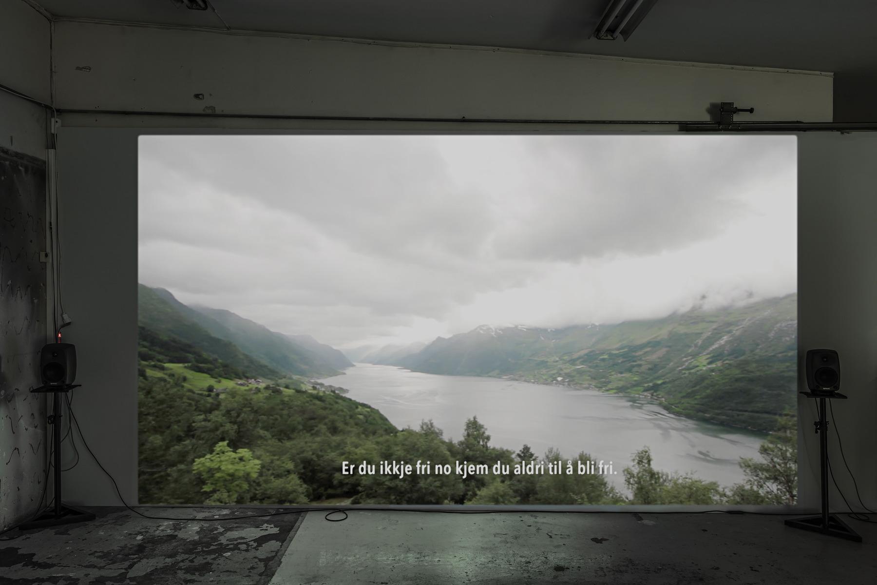 SCHLOSS_Leander Djønne_Øyde til Øyde_(video still 2 b)