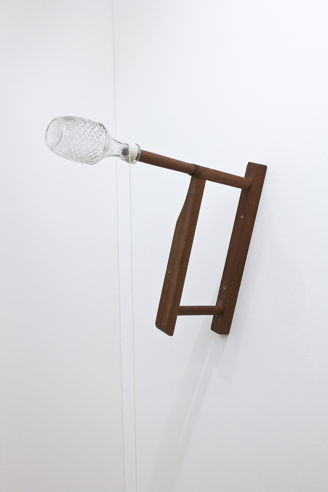Amalia Pica at Stigter Van Doesburg, Amsterdam 01