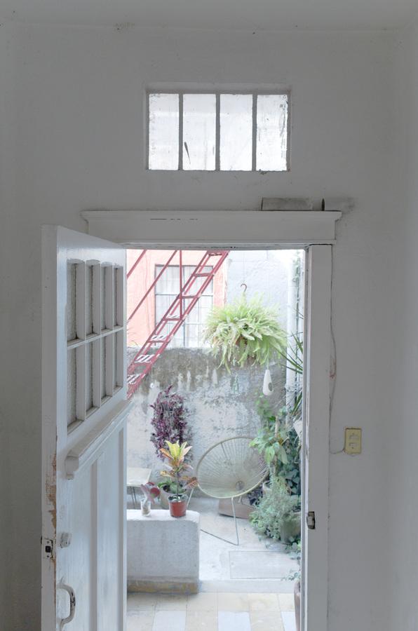 10LULU MIKEES Puerta Abierta