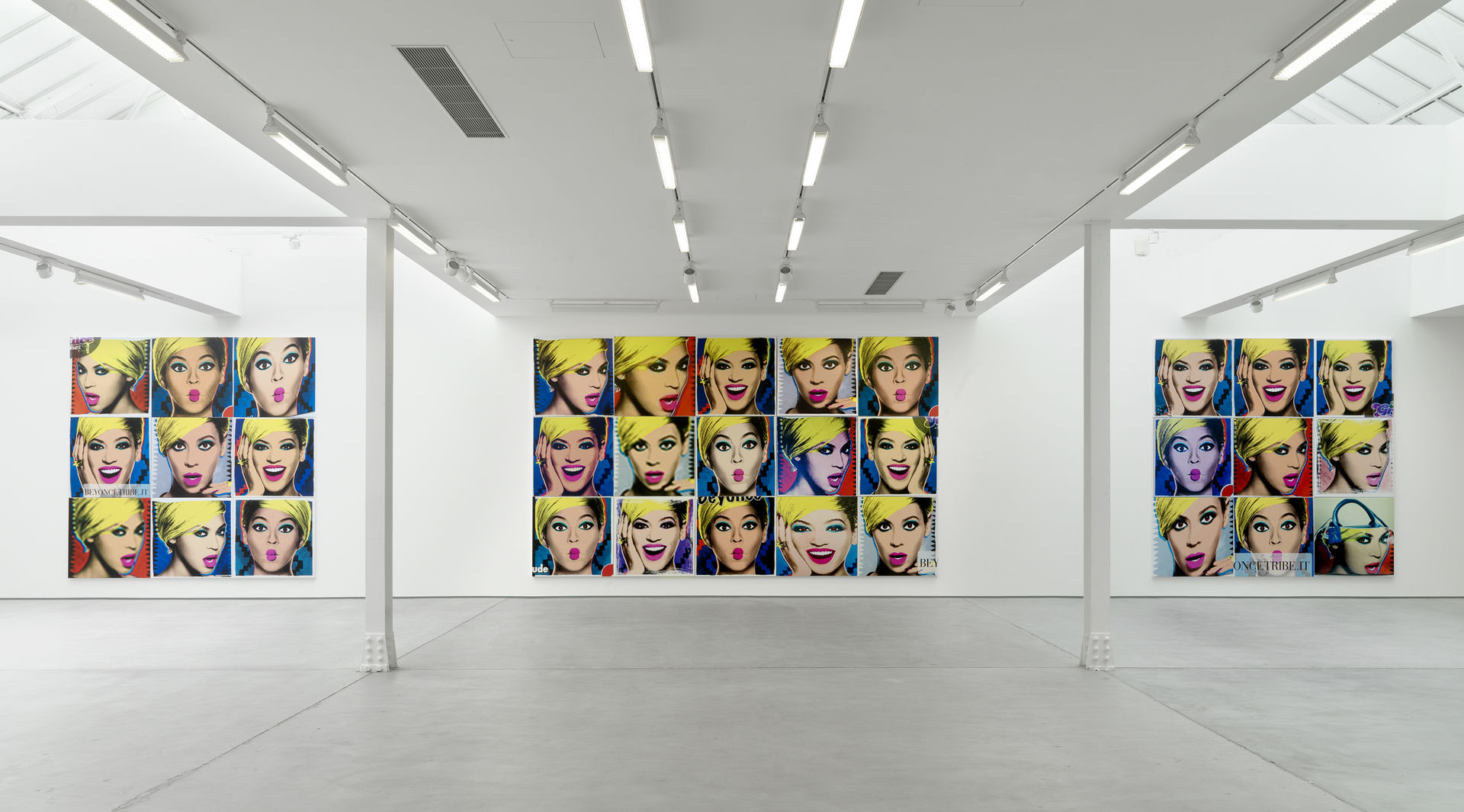 003_Installation view_Jonathan Horowitz_3048cm Paintings_SCHQ_Kingly St_26 March-30 May 2015