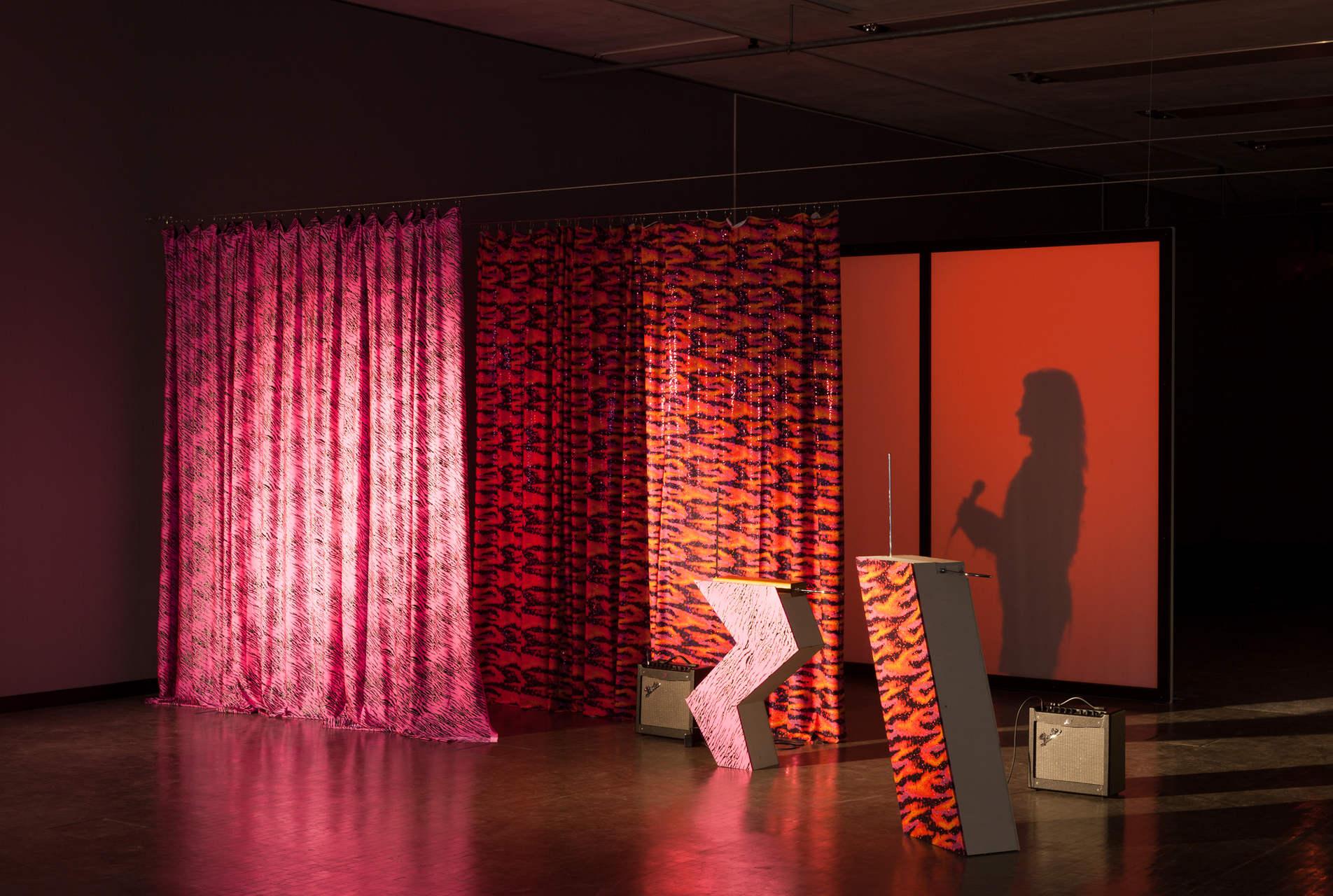 Ausstellungsansicht_LOVING_REPEATING_Kunsthalle_Wien_2015-1