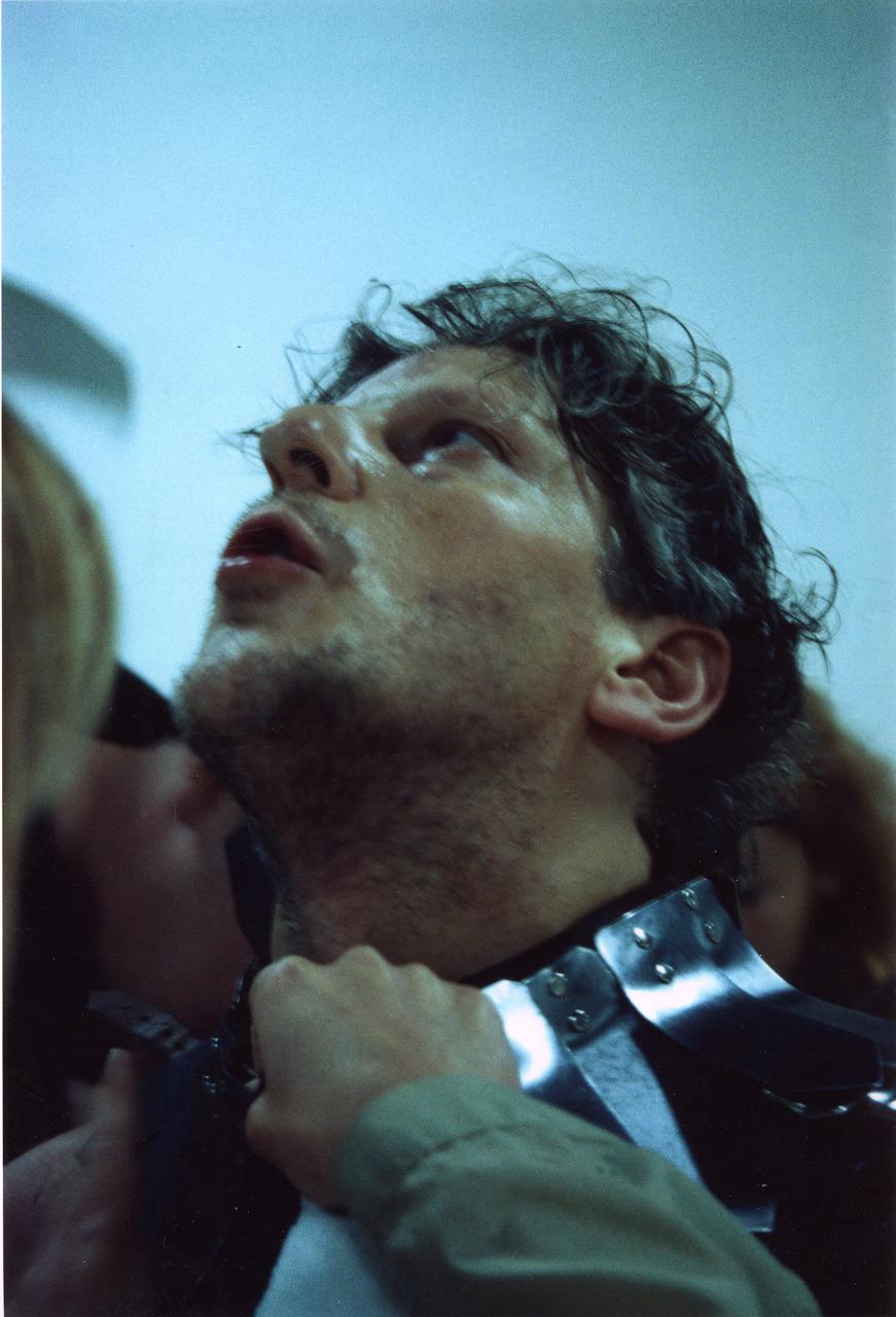 Jan_Fabre,_Sanguis_Mantis,_2001,_Courtesy_Angelos_bvba,_Foto_Maarten_Vanden_Abeele