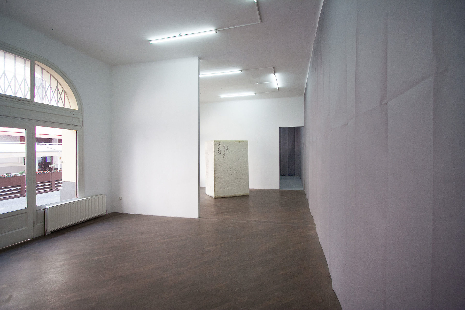 #3-Gerber_McArthur_Nutt_-final-installation-view