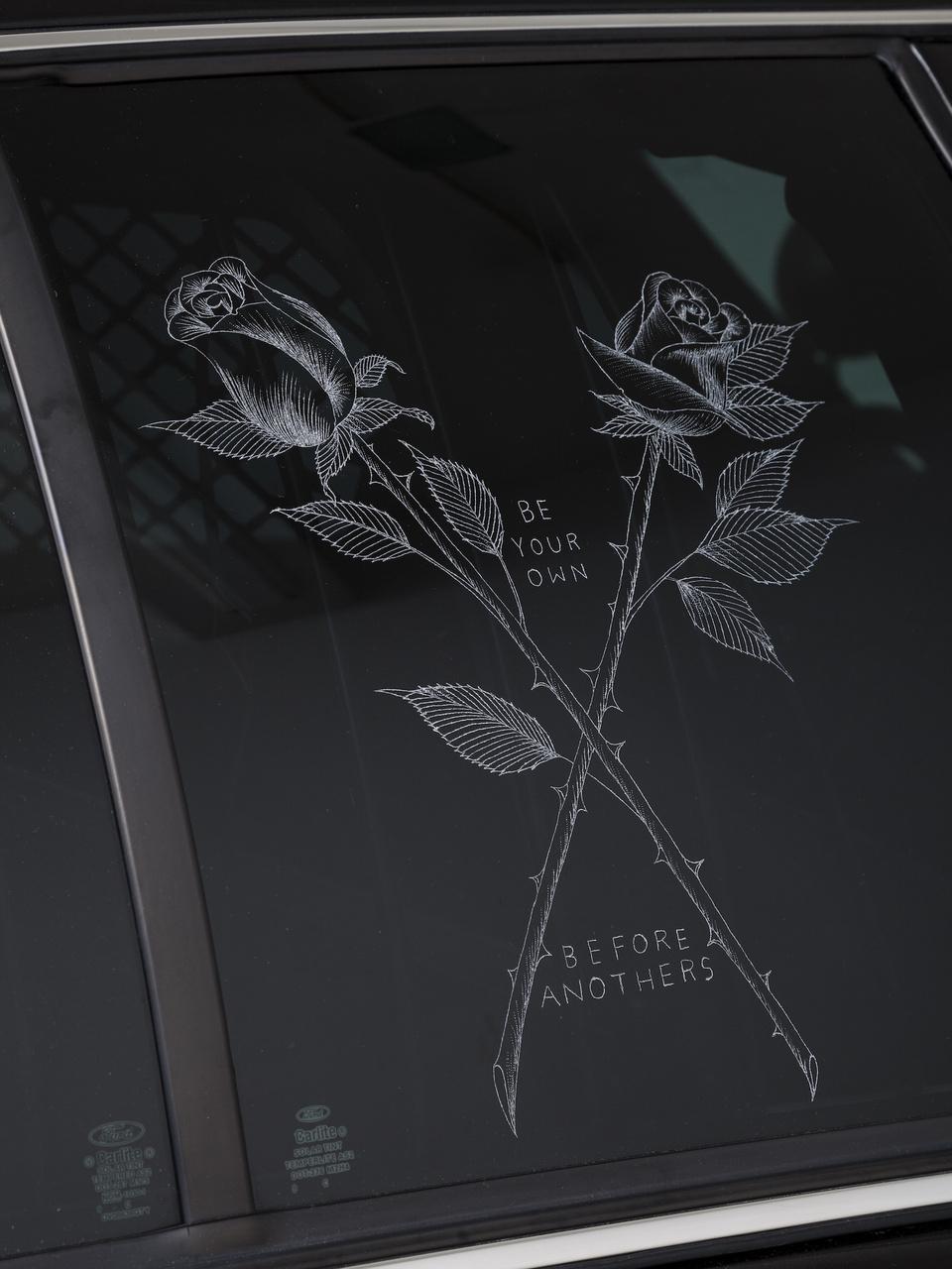 SCa_15_001 detail roses FULL